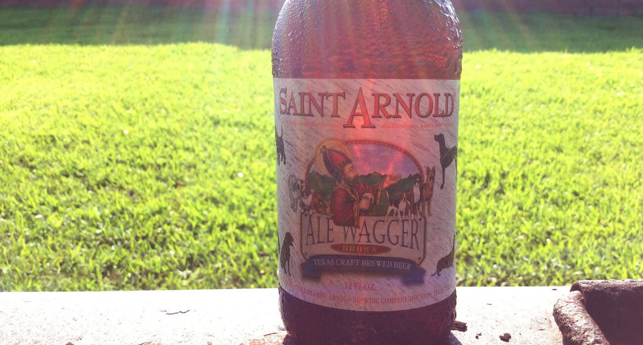 Beer-Chronicle-Houston-Craft-Beer-Review-Featured-ale-wagger-saint-arnold
