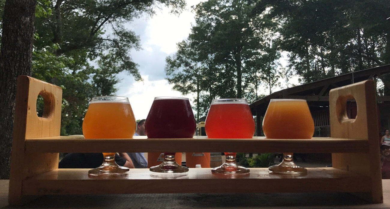 Beer-Chronicle-Houston-Craft-Beer-B-52-Tart-Frenchie-Blackberry-flight