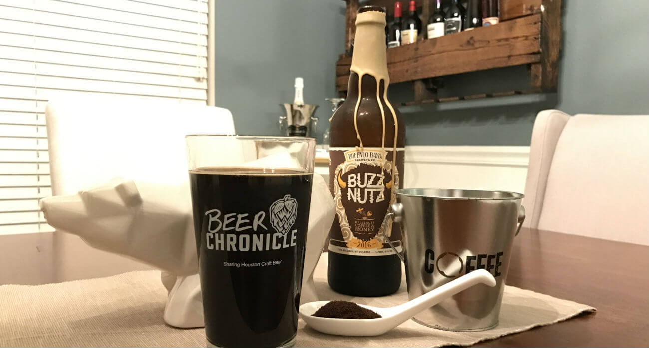 beer-chronicle-houston-craft-beer-review-buzz-nutz-beer-with-coffee-on-wooden-table