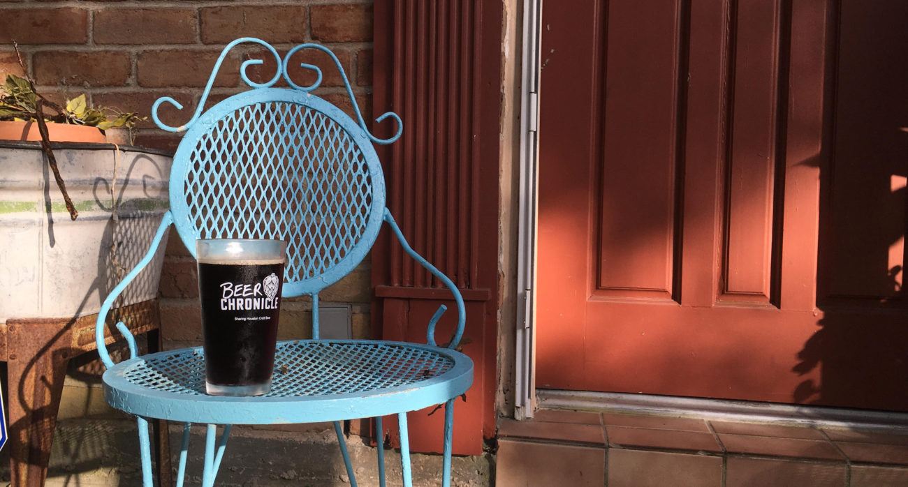 Beer-Chronicle-Houston-Craft-Beer-Review-Featured-Town-in-City-City-Porter