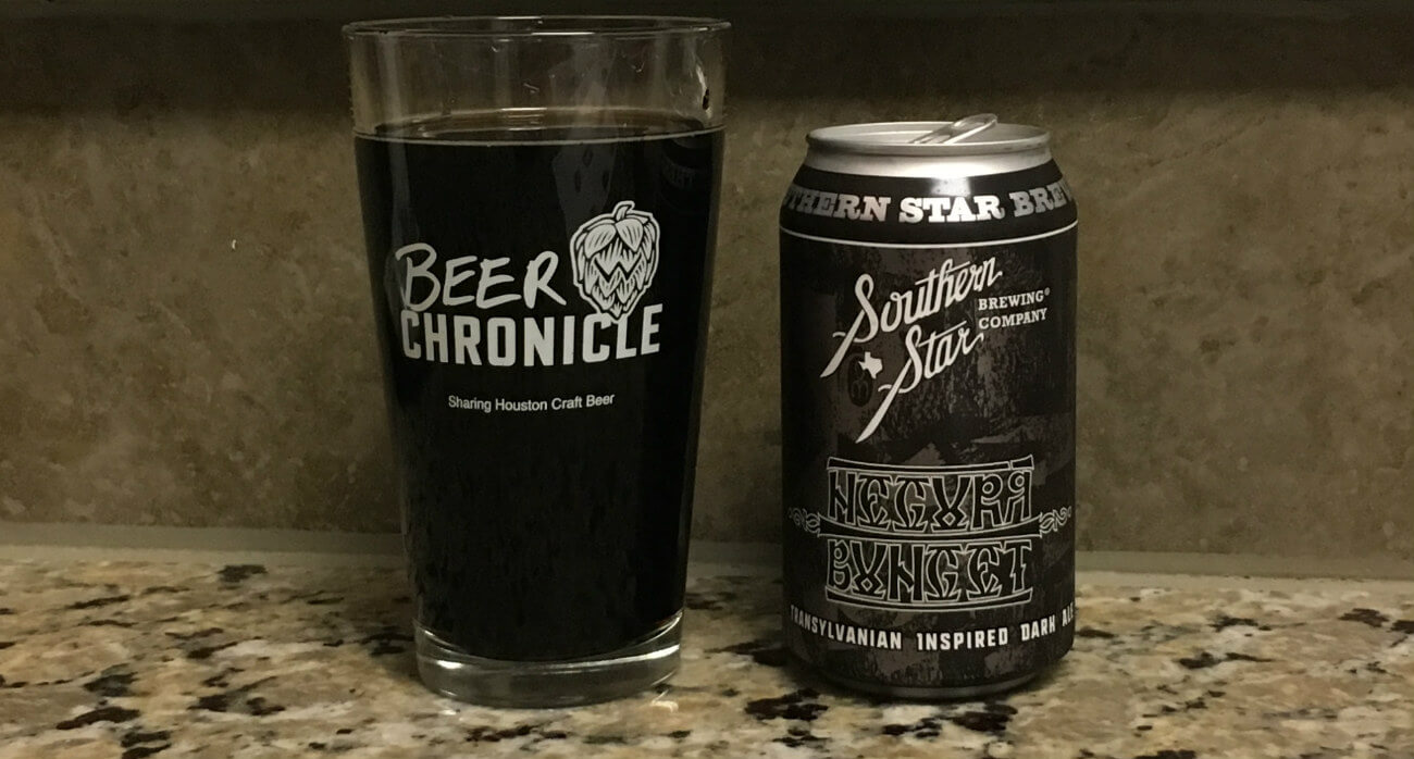 Beer-Chronicle-Houston-Craft-Beer-Review-Southern-Star-Negura-Bunget-Pint-Glass-Next-To-Can