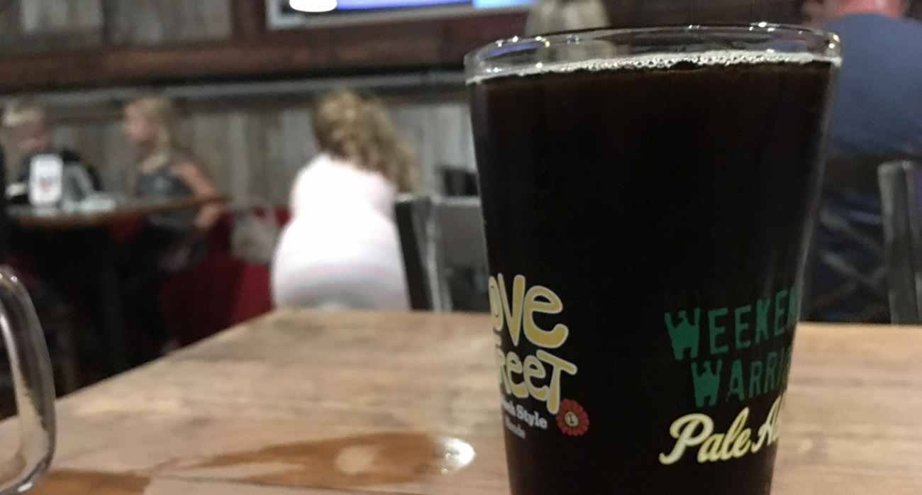 beer-chronicle-houston-craft-beer-review-back-pew-brewing-sweet-salvation-pint