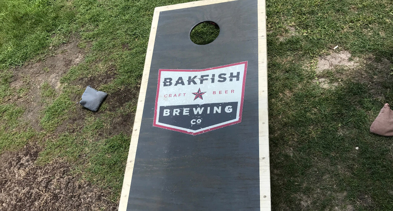 Beer-Chronicle-Houston-Craft-Beer-bakfish-brewing-cornhole