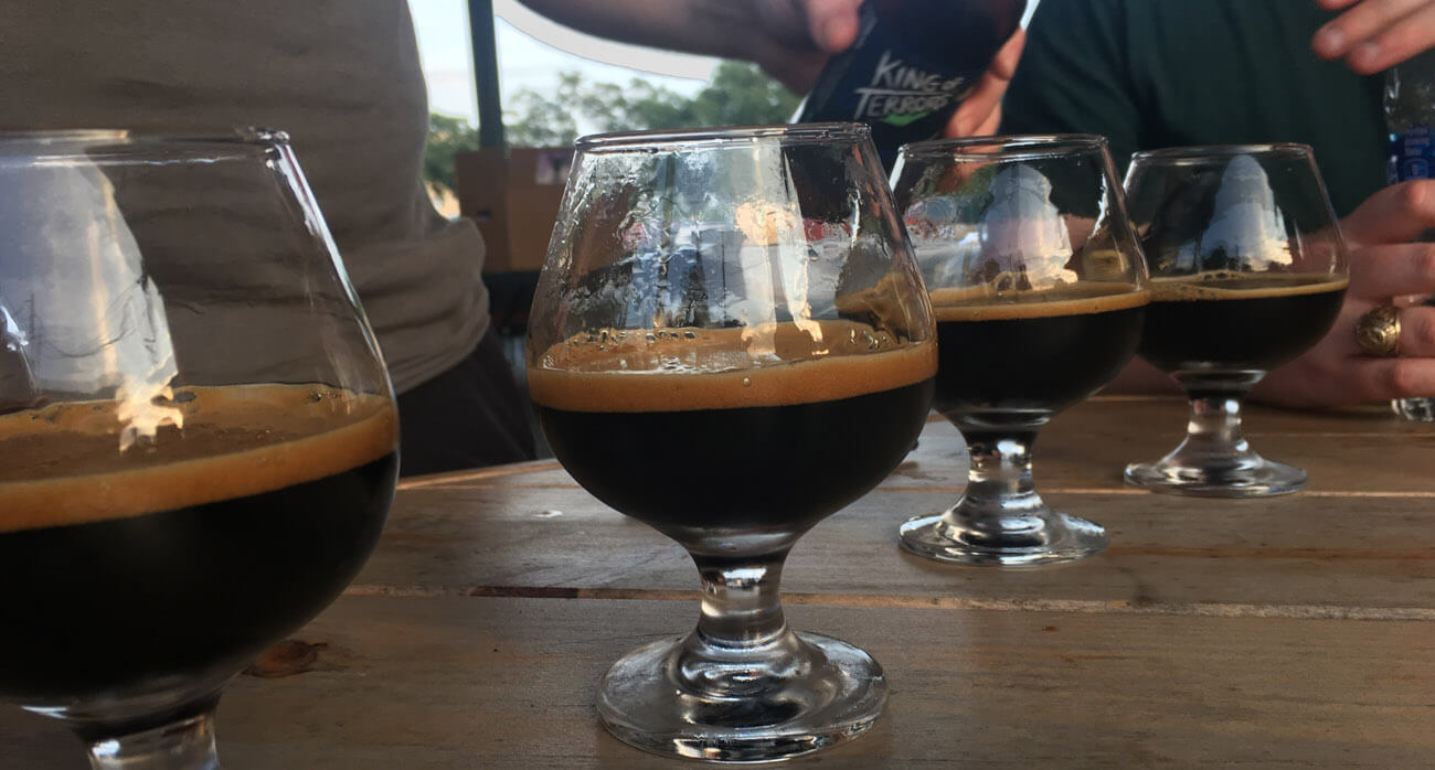 Beer-Chronicle-Houston-Craft-Beer-copperhead-brewery-conroe-kot-pours