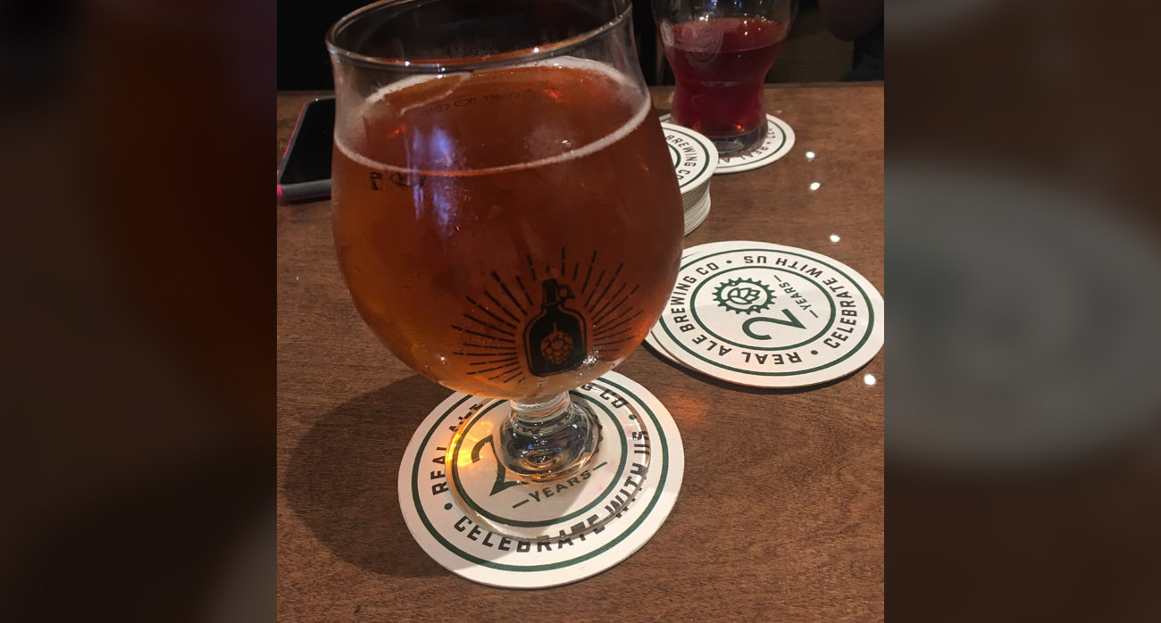 Beer-Chronicle-Houston-Craft-Beer-southern-star-summer-saison-snifter-2