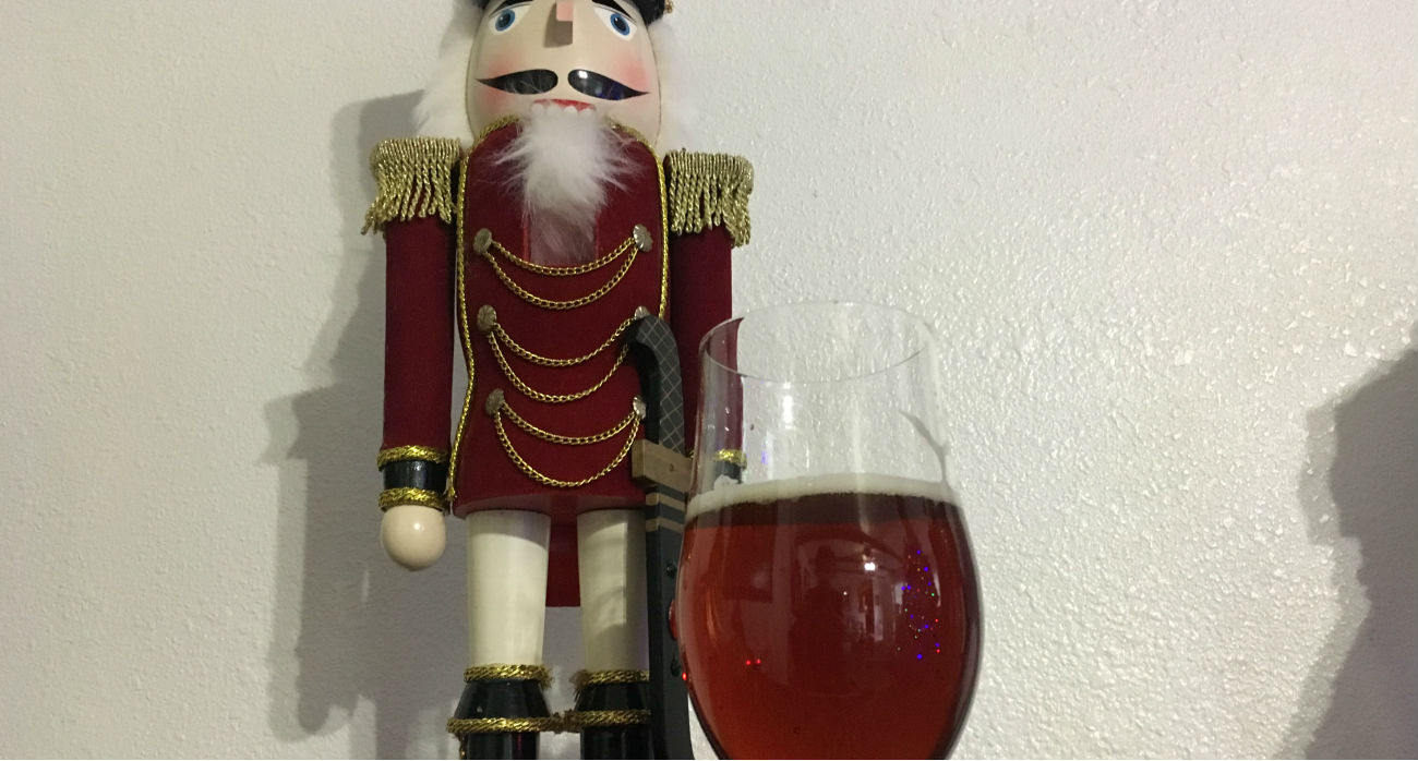 beer-chronicle-houston-craft-beer-saint-arnold-cut-with-bread-pudding-glass-nutcracker
